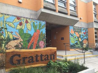 Front door of Grattan Elementary School building