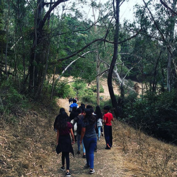 VVMS students hike through McLaren Park
